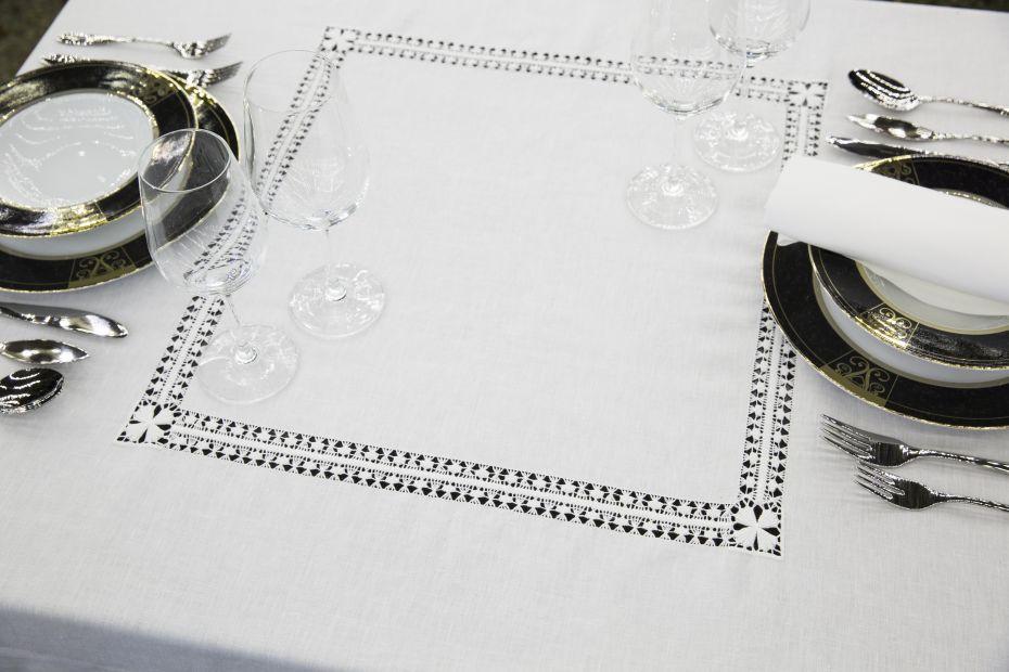 Tablecloth - Ref. TC18 - Amor